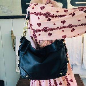 ♥️ Coach ♥️ Black Leather Shoulder Bag